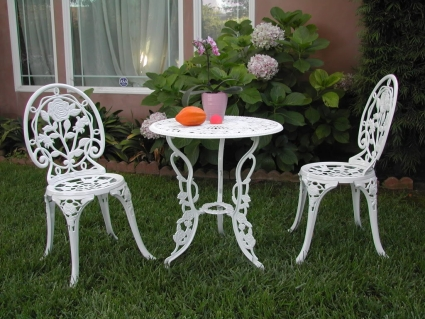 Wondrous 3Pc White Aluminum Outdoor Patio Furniture Bistro Set Download Free Architecture Designs Ogrambritishbridgeorg